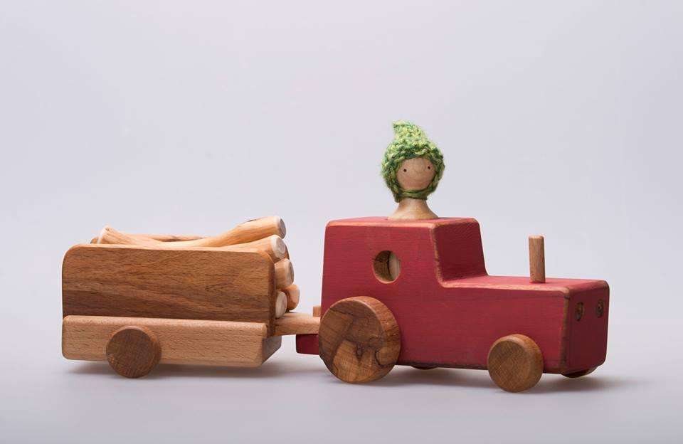 Imagen de Tractor con troncos