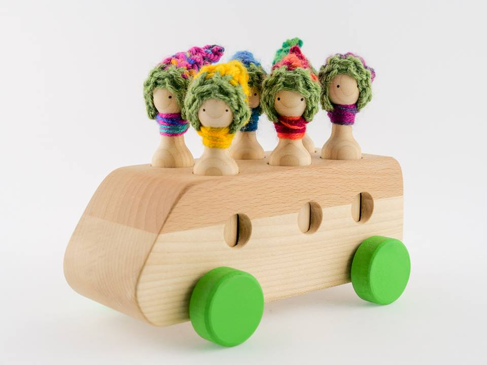 Imagen de Autobús con familia
