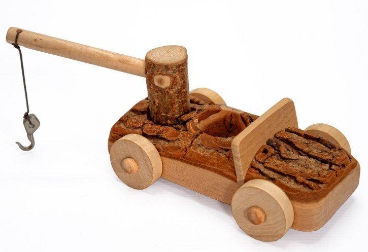 Imagen de Camión grúa de madera
